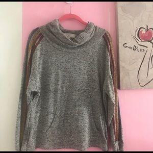🎀 3/$25 Gray Marled Kangaroo Pocket Sweatshirt